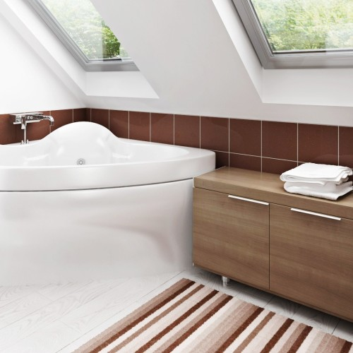 Z216_Bathroom_002